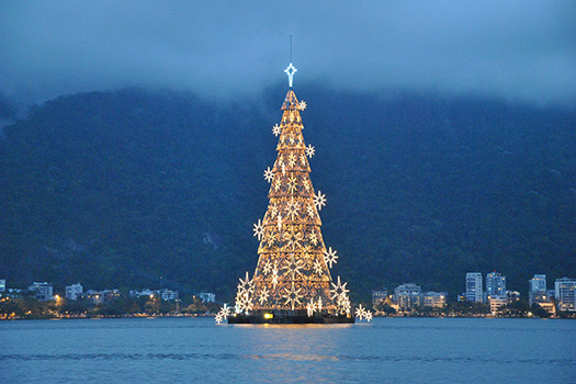 Rio de Janeiro - Christmas trees with real bling