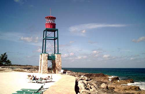 Coco Cay, Bahamas (Image: freschwill used under a Creative Commons Attribution-ShareAlike license)