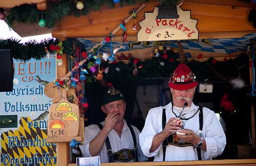 An Oktoberfest booth (Image: jikatu used under a Creative Commons Attribution-ShareAlike license)