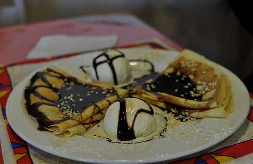 Chocolate-covered crepes in South Africa (Image: Jason Bagley used under a Creative Commons Attribution-ShareAlike license)