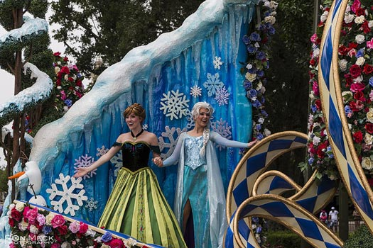 Anna and Elsa at Disney World. Photo: Ron Meck