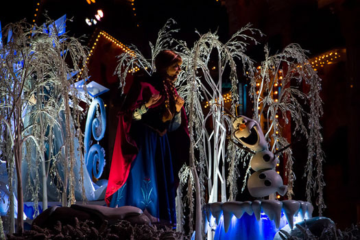The Frozen Pre-Parade seen from Main Street, Disneyland. Photo: Anna Fox