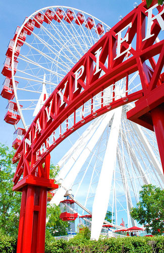 Ferris wheel at Chicago's Navy Pier (Image: Rachel Jenna Giese used under a Creative Commons Attribution-ShareAlike license)