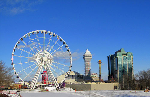 Sky Wheel, Niagara Falls (Image: paulhami used under a Creative Commons Attribution-ShareAlike license)