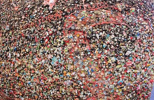 Bubblegum Alley (Image: daveynin)