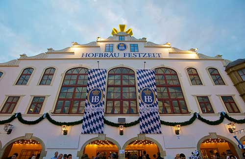Hofbrau Festzelt beer tent (Image: evocateur used under a Creative Commons Attribution-ShareAlike license)