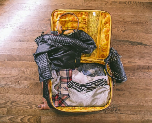 How fashion experts pack for their trips 4