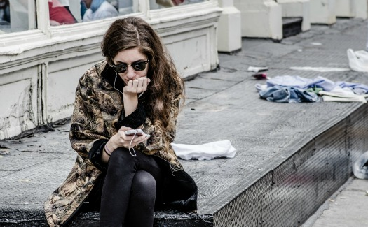 Michele Ursino, Texting in NYC via Flickr (CC BY 2.0)