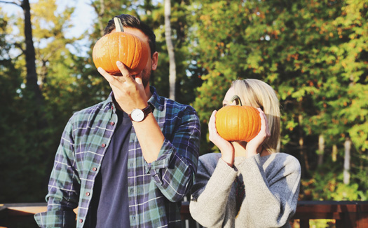 How to lose friends and alienate followers in 6 couply fall-in-New England Instagrams 2