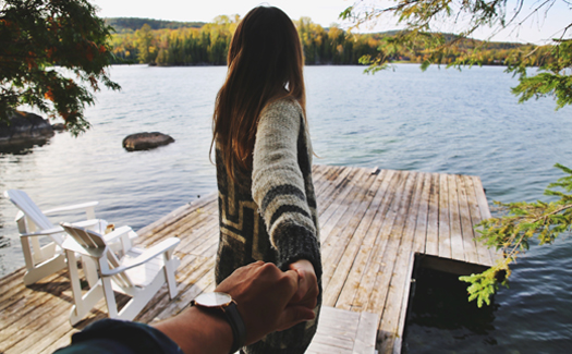 How to lose friends and alienate followers in 6 couply fall-in-New England Instagrams 6