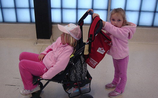 Keep it moving at the airport. (Image: Rob!, bossybigsister via Flickr CC BY 2.0)
