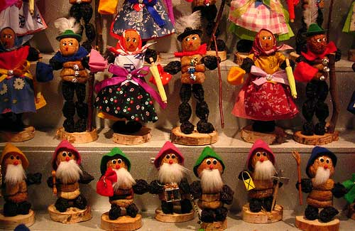Chriskindlesmarkt, Nuremberg, Germany (Image: charley1965 used under a Creative Commons Attribution-ShareAlike license)