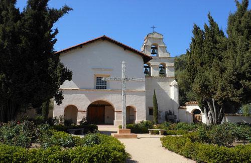 Mission San Juan Bautista (Image: Ken Lund used under a Creative Commons Attribution-ShareAlike license)