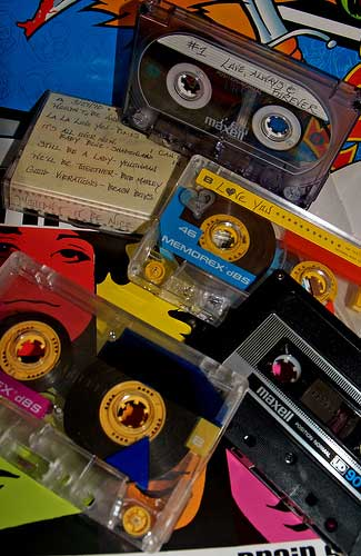 Mix tapes (Image: JinxiBoo)