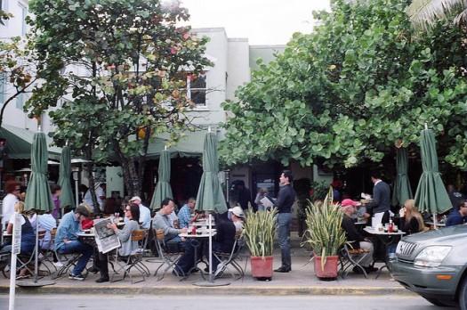 News Cafe Miami