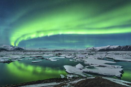Aurora Borealis © Neutronman/iStock/Thinkstock (http://www.thinkstockphotos.co.uk/image/stock-photo-aurora-over-jokulsarlon/454007707)