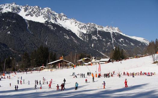 Kids skiing. (Image: inessaraiva)