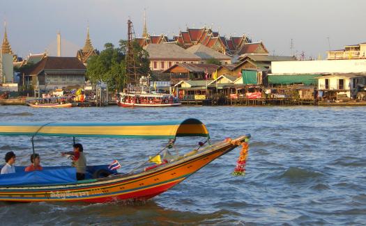 Reinhard Link, Thailand: Bangkok - life on Chao Phraya River via Flickr CC BY-SA 2.0