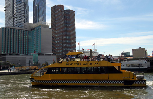 New York City water taxi (Image: prayitno)