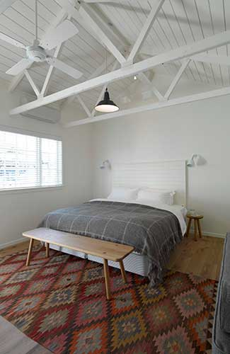 A room at the 3-room Oyster Inn, Waiheke Island, New Zealand (Image: The Oyster Inn)