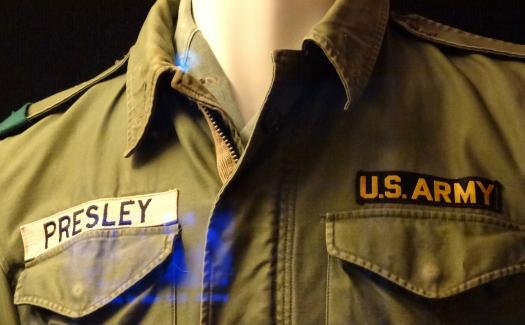 Elvis' army uniform (Image: adam_jones used under a Creative Commons Attribution-ShareAlike license)