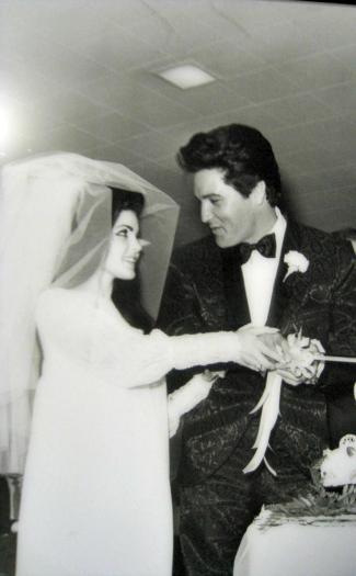 Elvis and Priscilla (Image: golf_pictures)