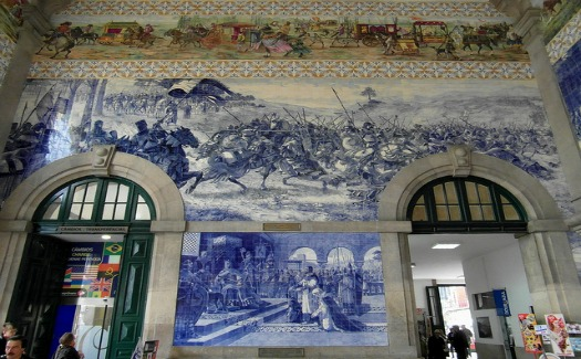 Top 10 eye-catching train stations