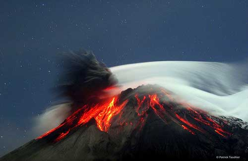 Tungurahua Volcano, Ecuador (Image: Lostinawave)