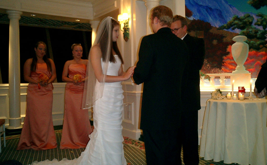 A wedding at one of the Stratosphere's indoor chapels (Image: bjornb used under a Creative Commons Attribution-ShareAlike license)