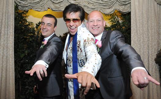 Same-sex wedding (with Elvis!) via the Gay Chapel of Las Vegas, part of Viva Las Vegas Weddings (Image: Viva Las Vegas Wedding Chapel)