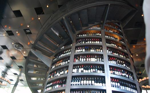 A wall of wine in Seattle, Wash. (Image: chokingsun)